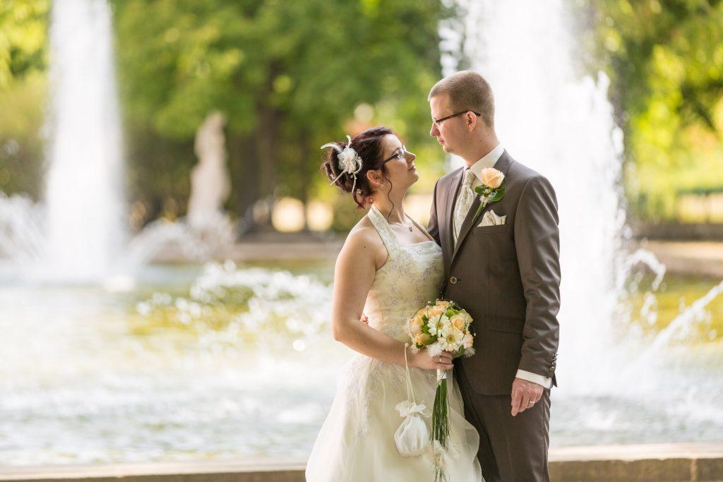 Schloss Friedrichsfelde Hochzeitsfotos Brautpaar