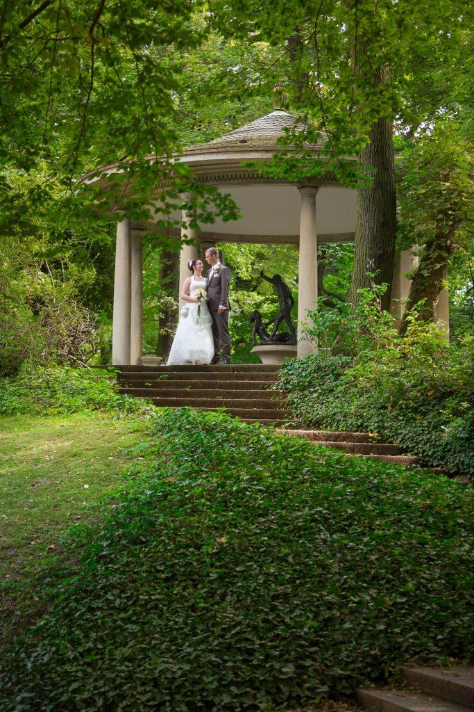 Hochzeitsfotos im Schloss Friedrichsfelde - standesamtliche Trauung © Traumhochzeitsfotografie.de